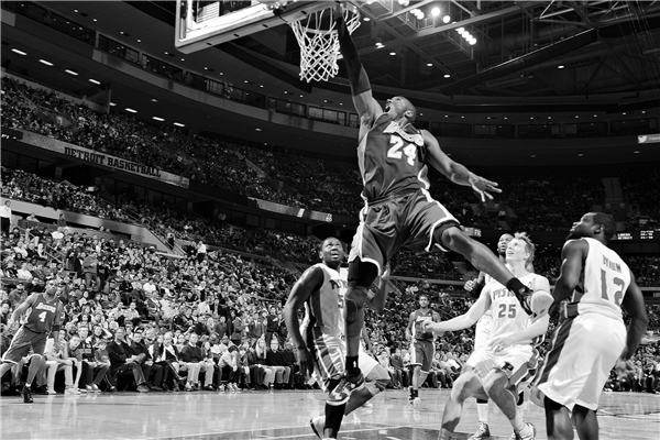 Black And White Sports Posters: Decorative Kobe Bryant Posters Slam Dunk Stickers Custom