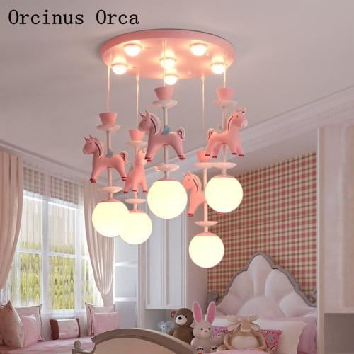 Cartoon Creative Pink Resin Pony Chandelier Boys, Girls, Bedrooms, Children's Rooms, American Colored Rotate Horse Chandelier