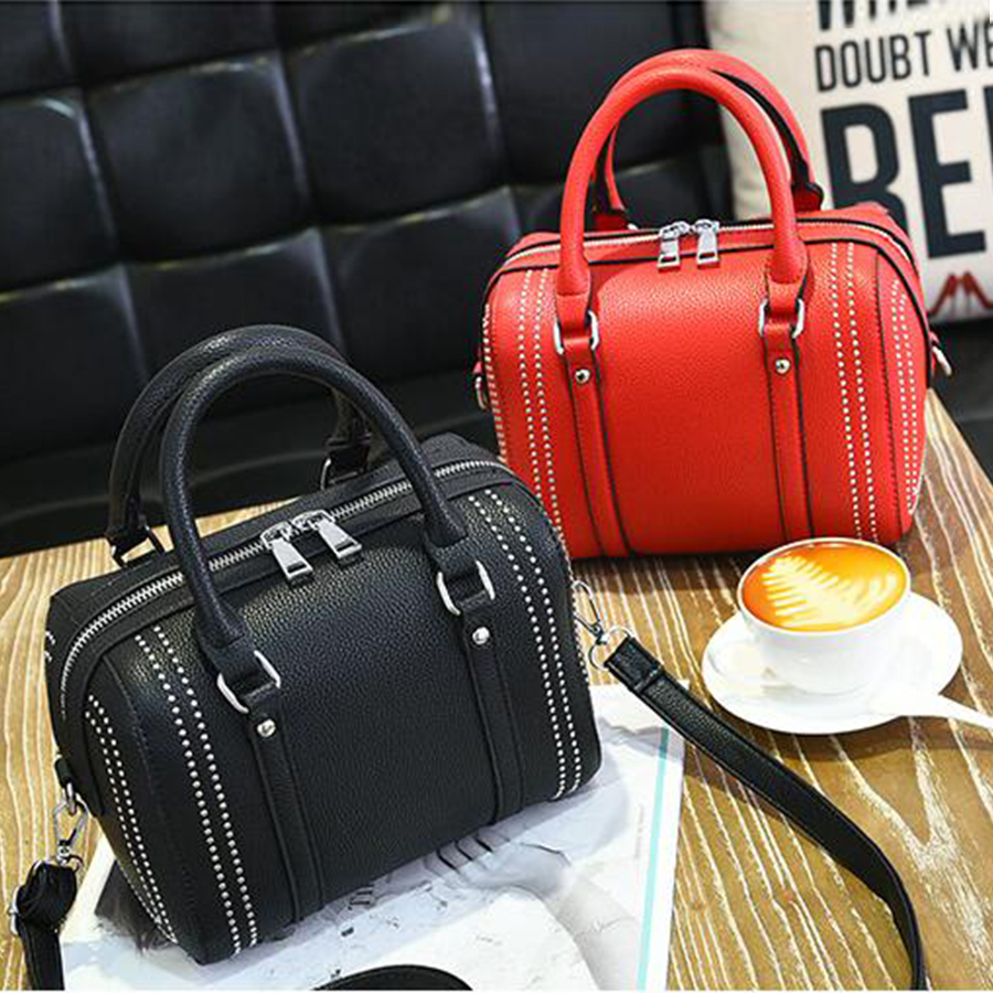 Rivet Woman's Handbag Brand Bucket Bag Luxury Shoulder Bags Women Bags Designer Fashion Ladies Messenger Bolsa Feminina 2017 leftside fashionable 2017 women tassel designer rivet boston bag female handbag woman hand bags shoulder bag with wide strap