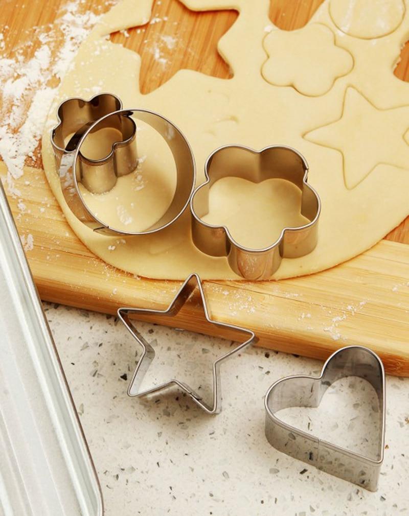 12ks nerezová ocel Cookie Cutter Biscuit Pečicí nástroj Ovoce plíseň DIY nudle Palačinka Srdce Flower Star Svatební dekorace