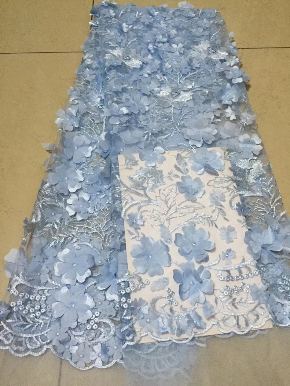 100% Quality Novelty 3d French Lace Pure White Applique 5 Yards/lot 2018 Handwork Multilayer Flower African Lace Fabric For Wedding Dress Lace