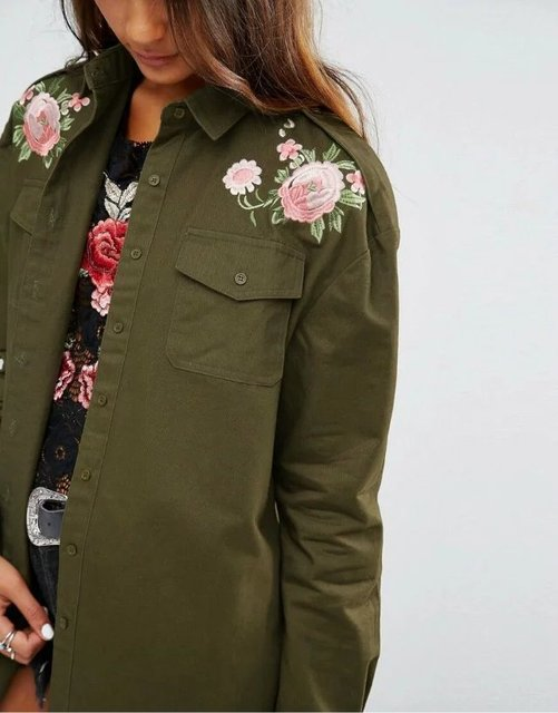 New 2017 Women Fashion Vintage Retro Epaulet flower embroidery patch designs army green Loose Blouse Brand Outwear Shirt Tops