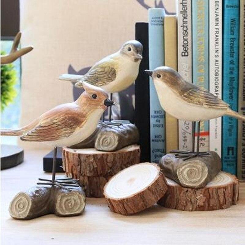Dekorativní umění, kreativní pryskyřičný pták, stolní ozdoby, vánoční ozdoby