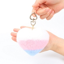 Luxury Gift Bunny Rabbit Fur Colors Heart Shape Keychain Pom pom Fluffy  Key ring bag Pendant gift car pendant Handbag charm