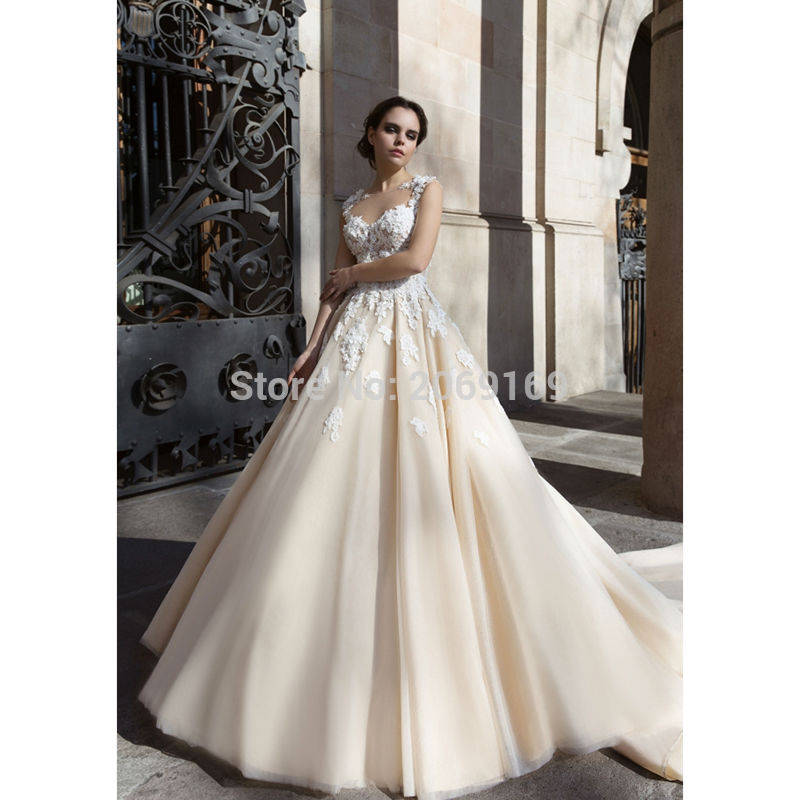 Abiti Da Sposa Neri.Gorgeous Champagne Wedding Dresses Ball Gown With White Lace