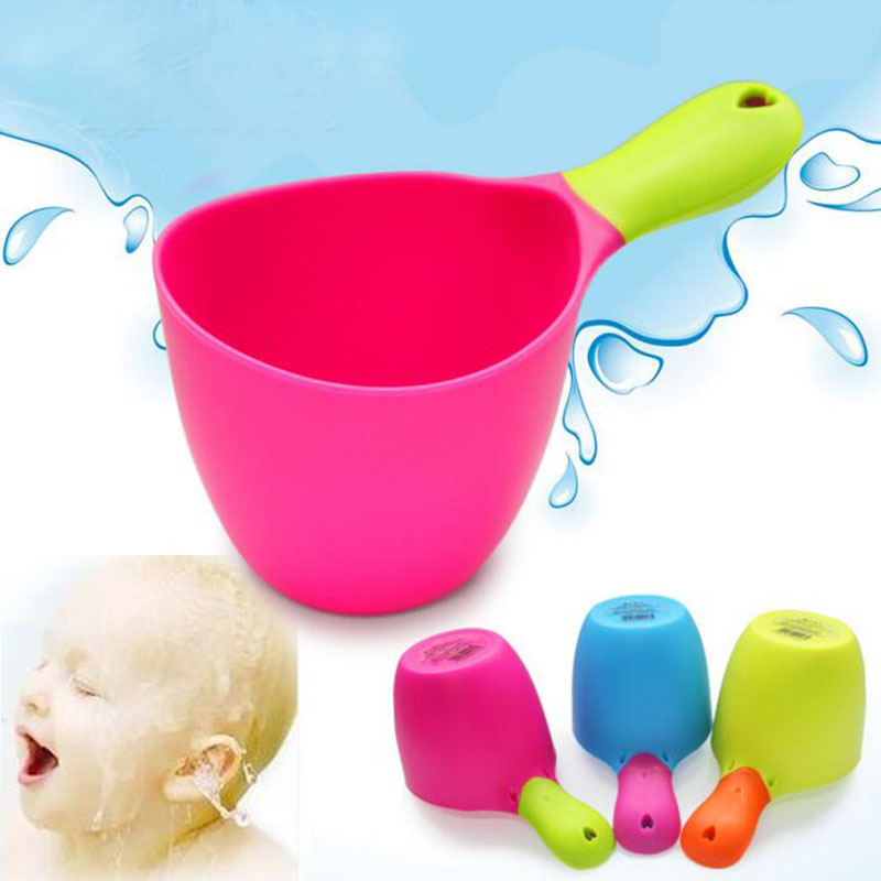 2016 Baby Care Bath & Shower Products Shampoo Shower Tool Children Bath Scoop Water D10