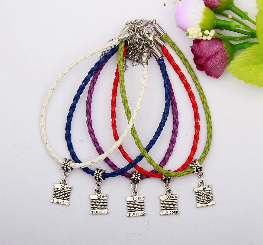 Hot 20pcs/lot Zinc Alloy Silver Pretty Panel Charms Multicolor Braided Rope Protection Good Luck Bracelet Jewelry For Women N088