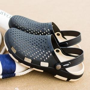 Image 2 - Męskie drewniaki sandały sandały na platformie buty męskie Sandalias letnie buty na plażę Sandalen pantofle Sandalet hombre Sandali nowy 2020