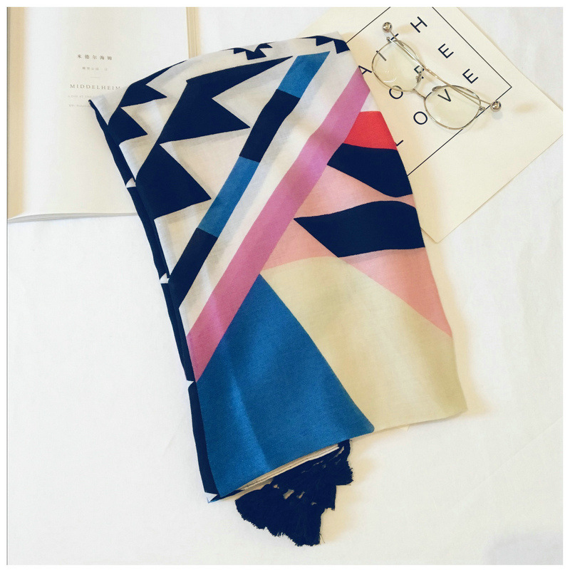 2018 Fashion Women Cotton Geometric Pattern   Scarves   Shawls Beautiful Beach Geometry Pattern   Scarf     Wrap   Hijab Muffler 10pcs/LOT