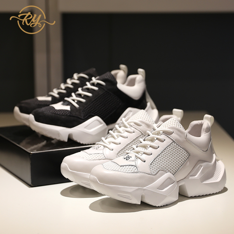 RY-RELAA scarpe da tennis delle donne piatto 2018 di modo di sport scarpe di cuoio scarpe casual scarpe tenis bianco delle donne scarpe casual Primavera nuovoRY-RELAA scarpe da tennis delle donne piatto 2018 di modo di sport scarpe di cuoio scarpe casual scarpe tenis bianco delle donne scarpe casual Primavera nuovo