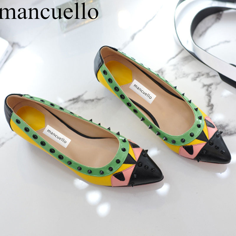 ФОТО 2017 Cute Mixed colors Patched  Monster Eyes Rivets Woman Pumps Beauty Geomatric Med Heels Pointed toe Wedding Shoes for ladies