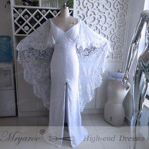 Image 4 - Mryarce nowe unikalne francuskie koronkowe suknie ślubne w stylu boho bez pleców przednia szczelina boho chic suknie ślubne z peleryną