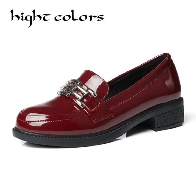 63b088ddc زخرفة المعادن براءة النساء متعطل الانزلاق على حذاء امرأة الأزياء جولة تو  المرأة الأحذية المسطحة أكسفورد