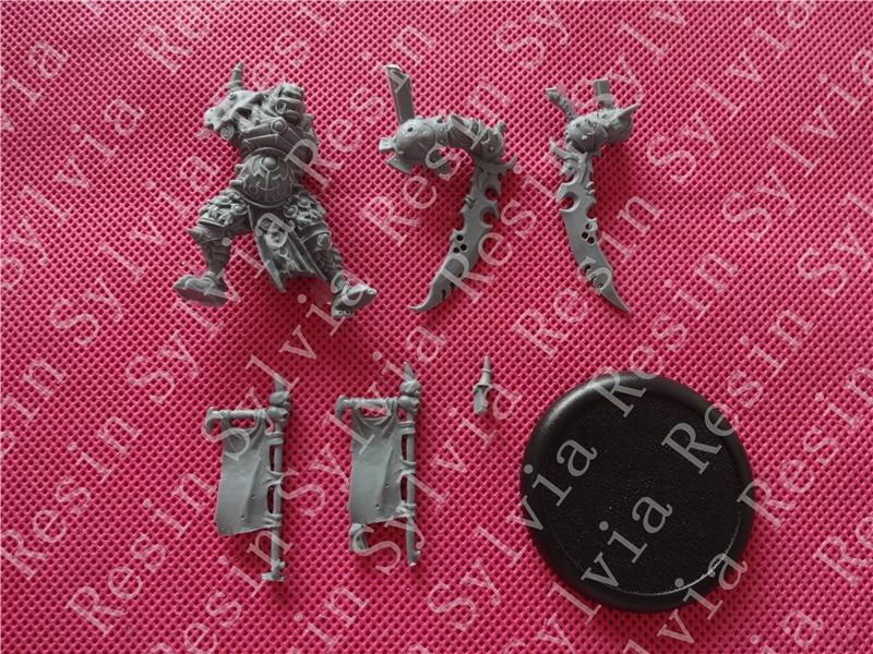 -Resin toys Molik Karn  Free shipping-Resin toys Molik Karn  Free shipping