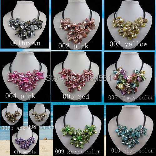 Wholesale Flower Jewelry Handmade Freshwater Pearl Natual Mixes Shell Flower Necklace Black Rope Jewelry 18 Inches