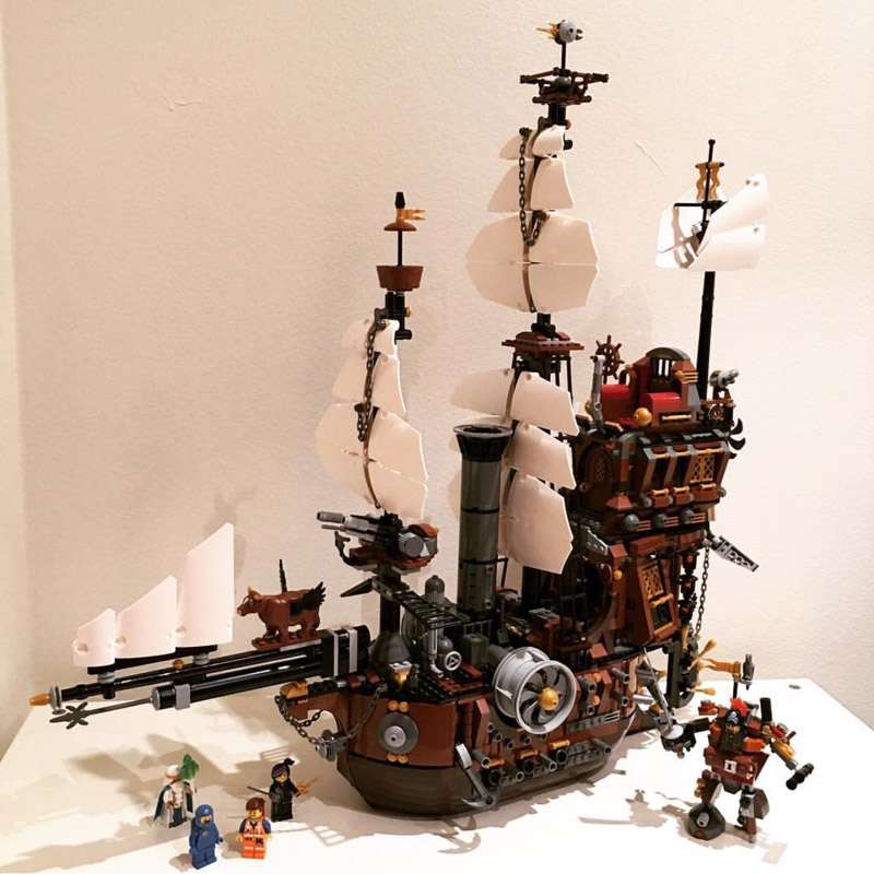Lepin 16002 2791PCS Pirate Ship MetalBeard's Sea Cow Model Building Blocks Sets Bricks Kits Toys Compatible With 70810 16002 2791pcs pirate ship metal beard s sea cow set model building kits mini blocks compatible with 70810 toys lepin