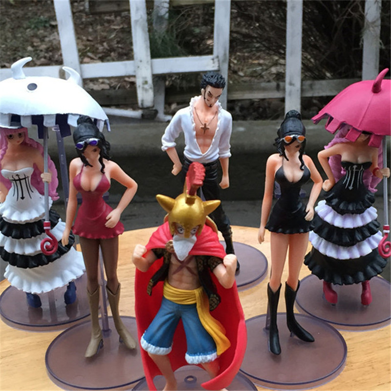 1pc/lot Anime Cartoon One Piece Figures Luffy/Nico Robin/Dracule Mihawk/Perona PVC Action Figures Toys For Kids 14cm anime one piece dracula mihawk model garage kit pvc action figure classic collection toy doll