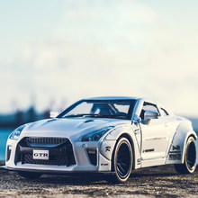 KIDAMI 1:32 AMG Nissan GTR benz alloy car model toys for children diecast car toy gift sports hot wheels siku f1 MINI AUTO(China)