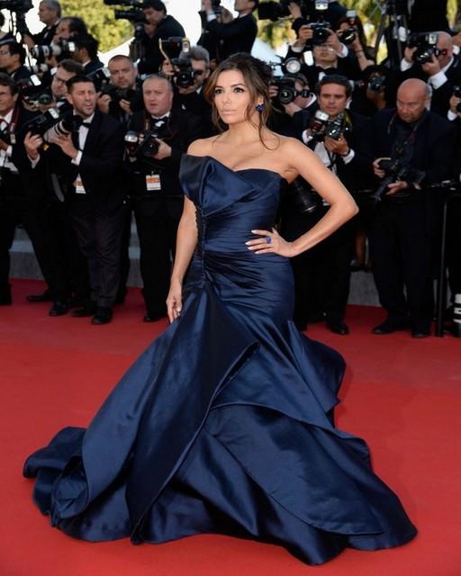 Elegante Azul Marino Tafetán 2017 ª Eva Longoria Festival de Cine de Cannes de la Alfombra Roja de Baile Vestidos de La Celebridad Sexy Hombro Vestidos