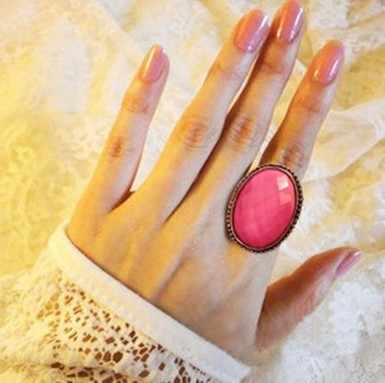 2019 Hot Sale European Vintage Pink White Color Big Opal Rhinestone Oval Wedding Bands Finger Rings for Women Girls Jewelry