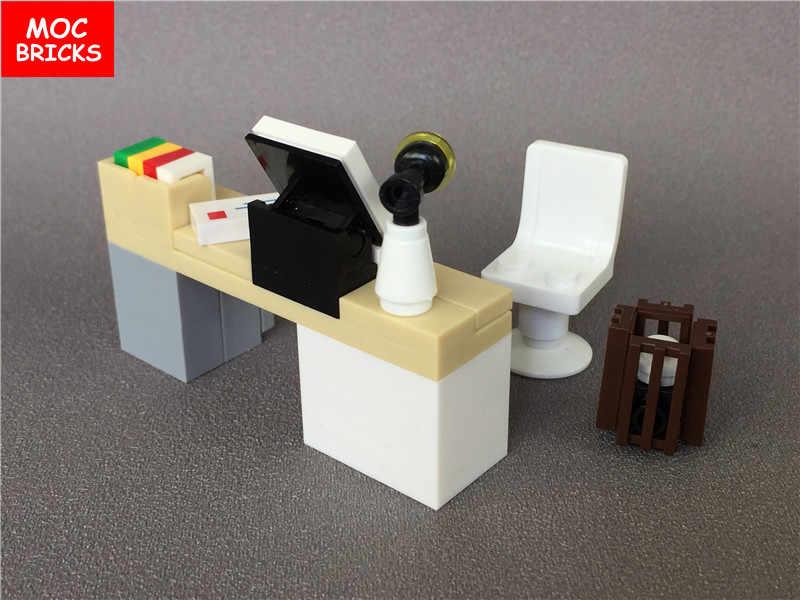 MOC cegły DIY biurko do komputera biurowego, książki, do pracy lampy stół zegar stacja kosz na śmieci klocki klocki montowane zabawki dla dzieci prezent