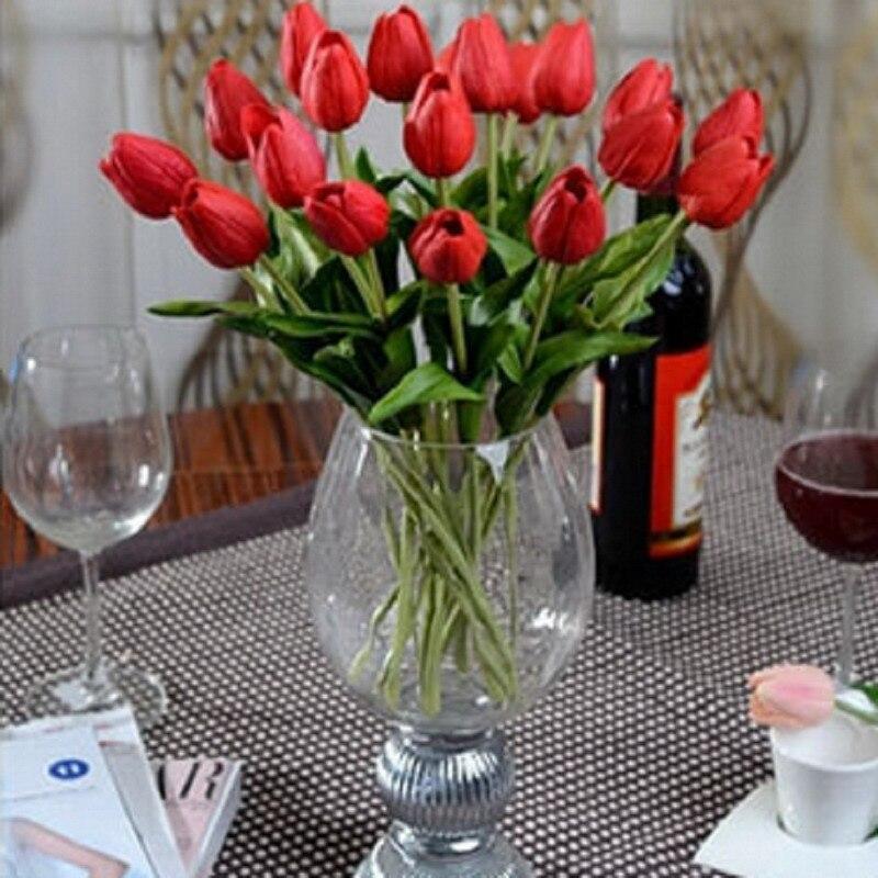 Высокие  тюльпаном