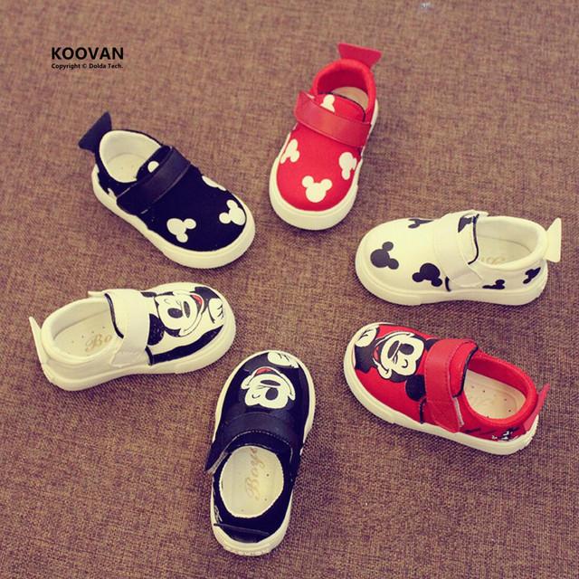Koovan sapatos sapatas de lona das sapatas de lona do bebê novo 2017 do bebê meninos meninas Primeiros Walkers Bonito Mickey Mouse Min Primavera Sapatilhas Ocasionais plana