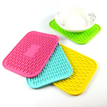 1 Pc Rectangle Silicone Thicken Table Mat Durable Non-Slip Heat Resistant Pad Cushion Silicone Placemat Random Color 1pc multifunction foldable silicone table mats heat resistant non slip placemat kitchen accessories random color