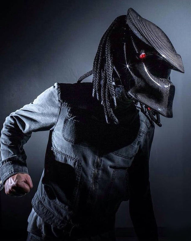 Predator In Fibra di Carbonio Moto Casco Integrale Iron Man Casco DOT Certificazione di Sicurezza di Alta Qualità Nero Colorato