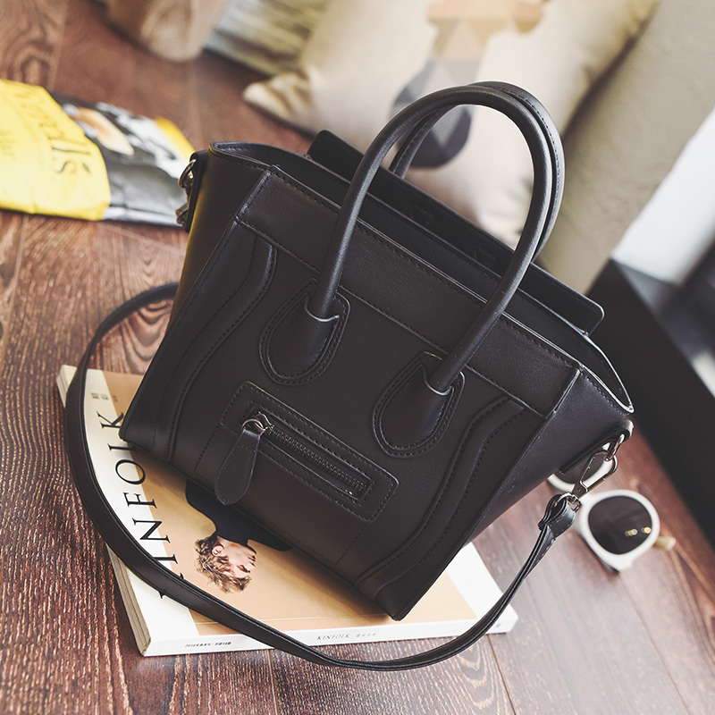 bb607f41a740 Bolsos Mujer Trapeze Smiley Tote Bag Luxury Brand Pu Leather Women Handbag  Shoulder Bag Famous Designer Crossbody Bags Sac 746