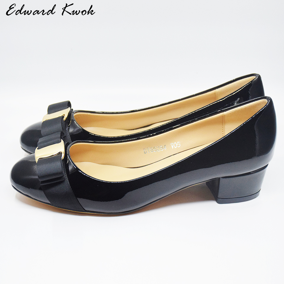 Femme marque Bow talons femmes en cuir véritable chaussures à talons moyens pompes chaussures de Designer. DA028
