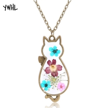 Lovely korean style cat pendant necklace natural plant flower specimen resin production personalized women necklaces jewelry