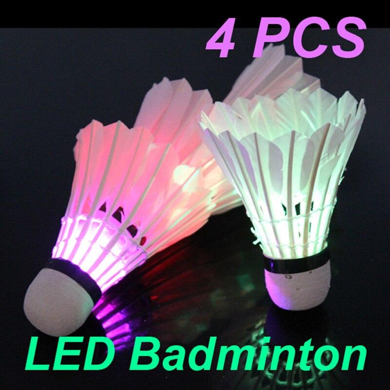 Venta caliente 4 Unids Colorido LED Shuttlecock Bádminton Bola de Plumas Brillan