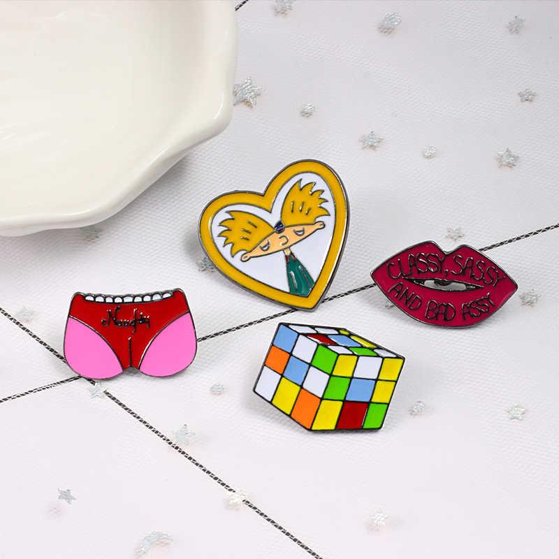Śliczne śmieszne broszki różowe serce świnia butt Cube Cube usta plakietka emaliowana broszka Lapel Denim koszula dżinsowa torba kreskówka biżuteria