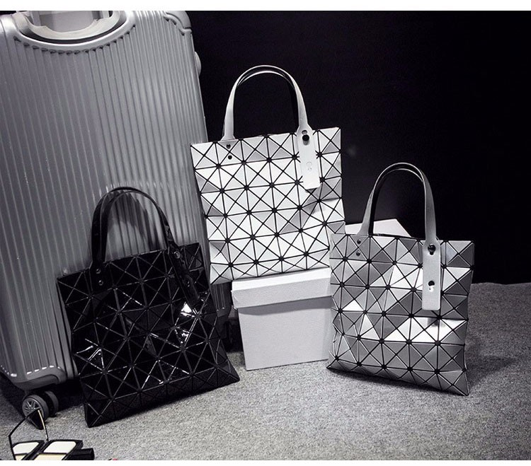 Women-Geometric-Plaid-Bag-Folded-Madam-Casual-Tote-Top-Handle-Distortion-Package-Shoulder-Bag-Bao-Bao-Pearl-BaoBao_13