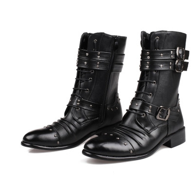 ФОТО Man Martin Boots. Fashion England Male Boots Boots In Simple High Help Work Clothes Winter Male Boots
