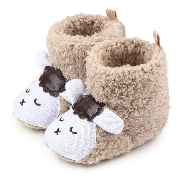 82734909d2aa7 Offre spéciale bottes d hiver bébé garçon nouveau corail polaire dessin  animé mouton enfant bottes