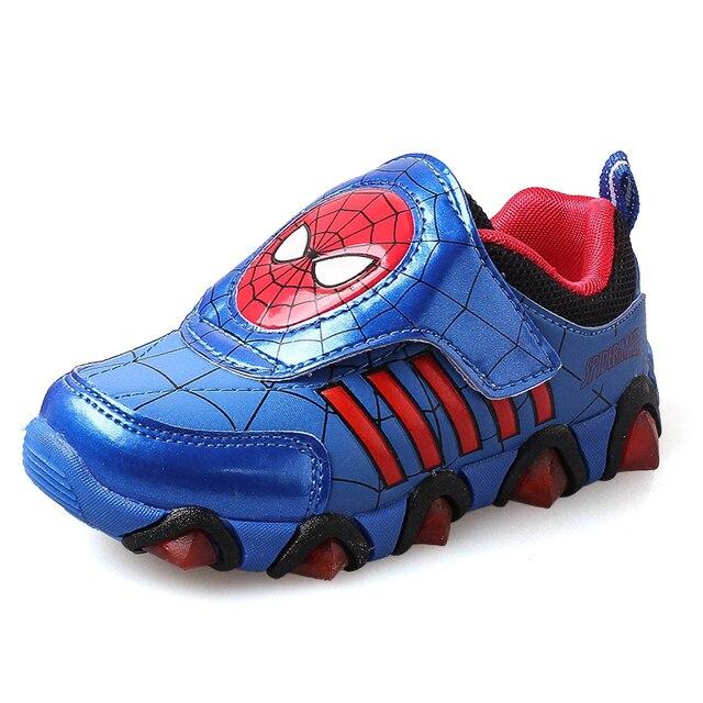 75a580056e4c9 Nuevo Otoño Primavera Zapatos de Los Niños Spiderman Flash de Noche Luz Zapatillas  Deportivas Zapatos para