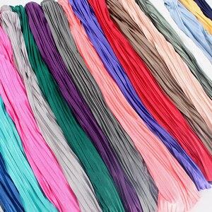 Image 5 - 2018 Yeni Kadın Moda Elastik Artı Boyutu Uzun Etekler Yüksek Bel Pilili Maxi Etek Saia Bling Metalik Ipek Kore Tutu etek