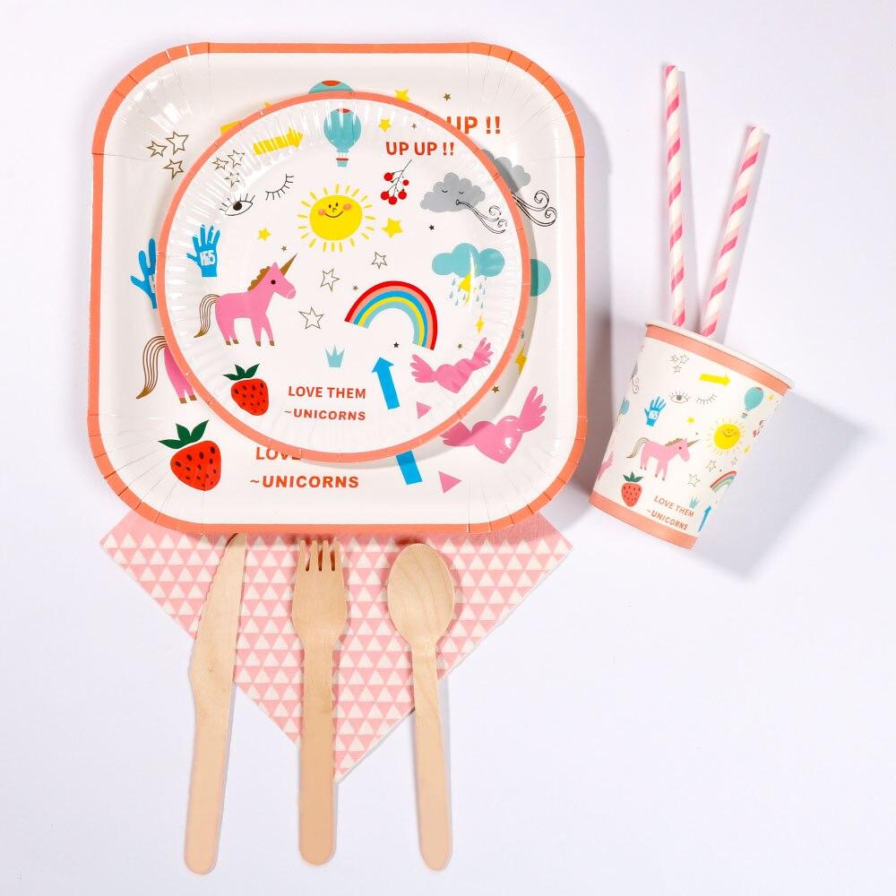 RiscaWin Licorne Fête D'anniversaire De Noce Ensemble Fournitures pour 10 Packs Papier Plaques Tasses Dringking Pailles Serviettes Jetables