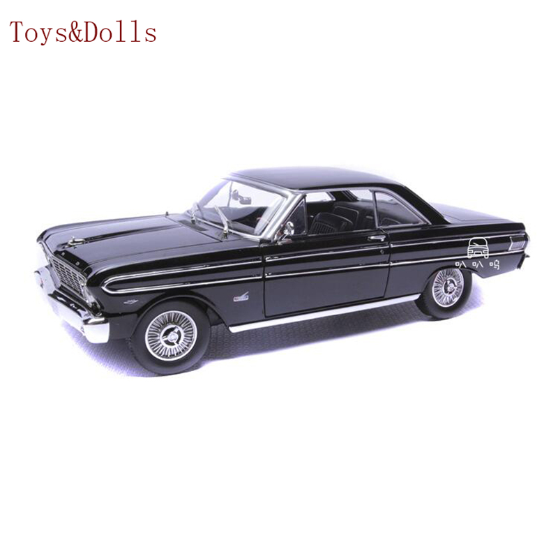 1/18 Scale black Ford Car Toy Road Signature 1964 Ford Falcon Model Vehicles diecast Car Model boys toy brinquedo gift w box maisto car styling 1 18 scale diecast alloy model cars ford classic car models kids toys for boys children gift brinquedo