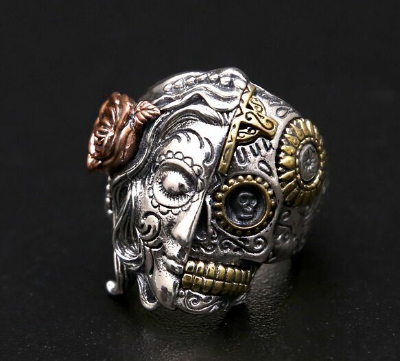 Thailand, Beauty And The Skeleton Thai Silver Ring thailand imports skull blood new skeleton silver ring