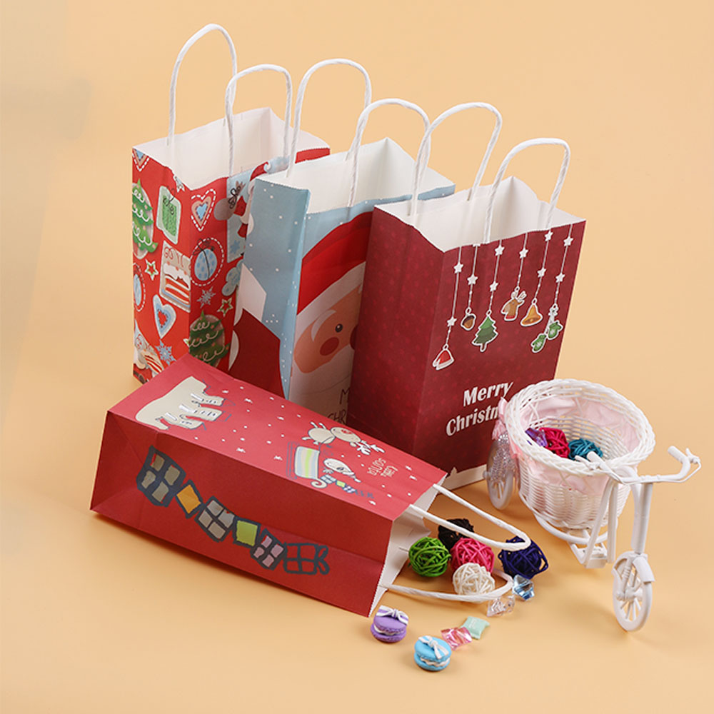 Gingerbread House Paper Bag Gift Wrap Idea |White Christmas Diy Gift Bags