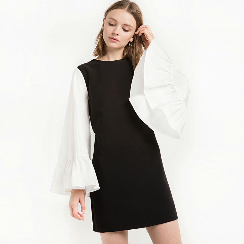 Vagary New Dresses Women Formal Dresses Short Dress Black Contrast Round Neck Florence Ruffled White Bell Sleeve A-Line Dress