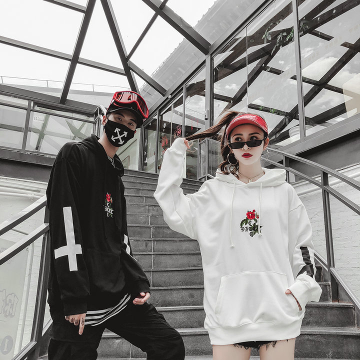 2018new hip hop hip-hop style easy men's and women's same rose cross printed embroidered hoodie