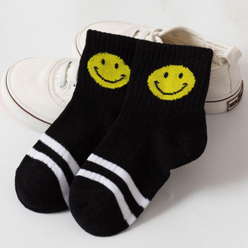 53a48e04fa 2018 Új puha pamut zokni Smile Face Emoji Cartoon Kids Zokni fiúknak ...
