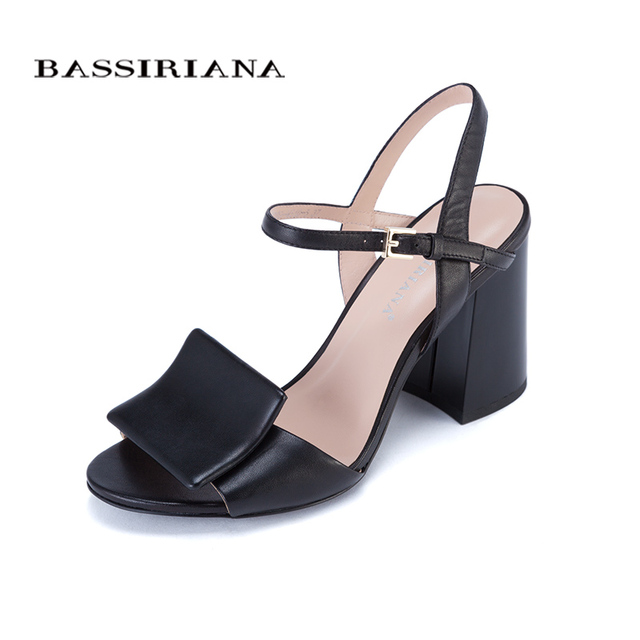 Высокие каблуки сандалии для женщин Лето 2017 Натуральная кожа обувь женщина Красный Черный Белый размер 35-40 Бесплатная доставка BASSIRIANA