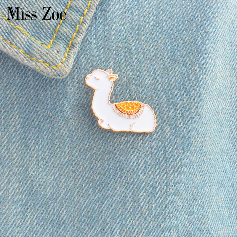 Arts,crafts & Sewing 1 Pcs Fairy Tale Princess Dress Metal Brooch Button Pins Denim Jacket Pin Jewelry Decoration Badge For Clothes Lapel Pins Be Friendly In Use Apparel Sewing & Fabric