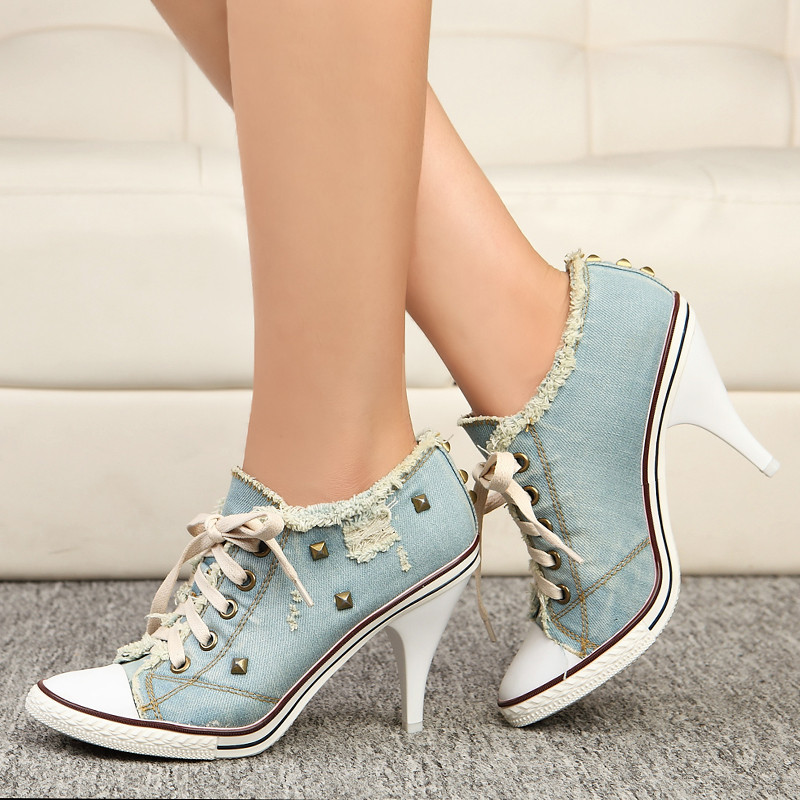 ФОТО Fashion Sexy Female High Heel rivets casual canvas shoes pointed head blue denim heels Large size Women Shoes pumps obuv