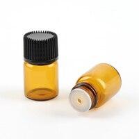 100ชิ้นที่ว่างเปล่ามินิ2มิลลิลิตรสีเหลืองอำพันแก้วหม้อของเหลวน้ำมันหอมระ